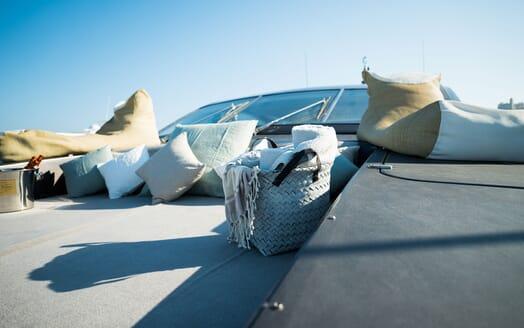 Motor Yacht AYA Bow Sun Pad