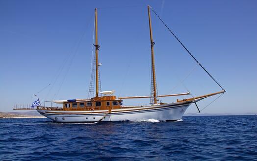 Sailing Yacht Hermina cruising