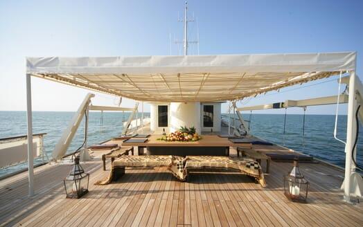 Motor Yacht Prometej sun deck