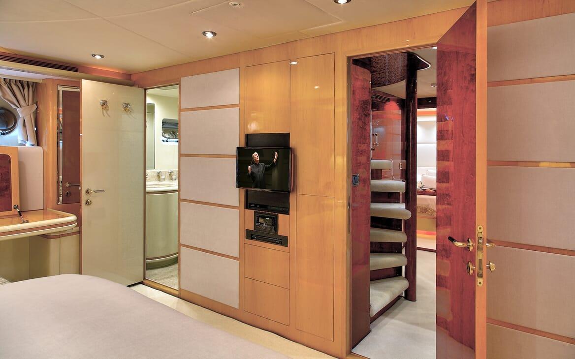 Motor Yacht Harmony I interior design