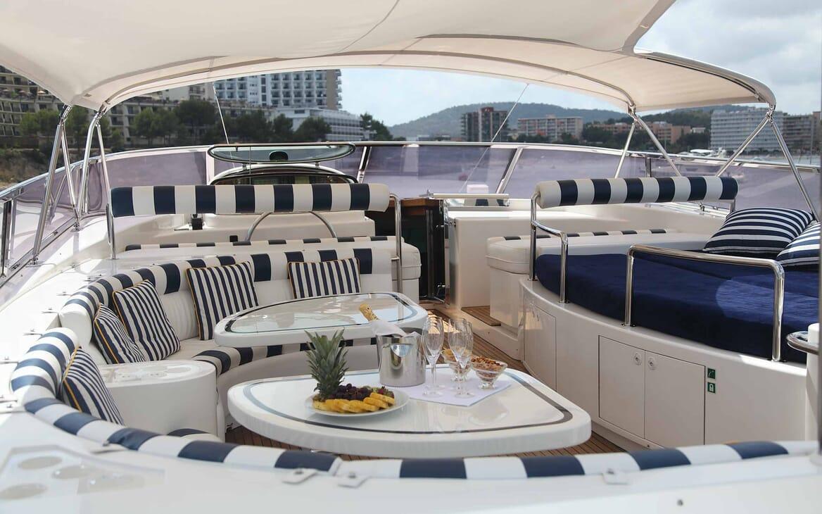 Motor Yacht Harmony I outdoor seating area
