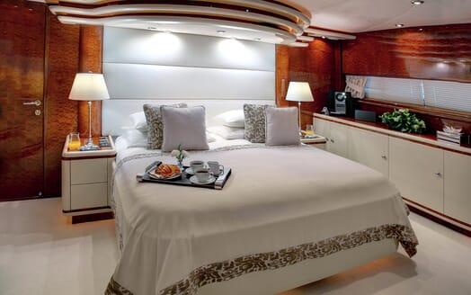 Motor Yacht Harmony I double cabin