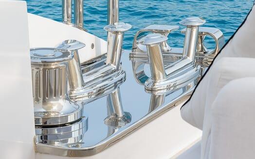 Motor Yacht Lisa IV exterior
