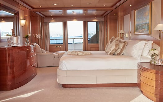 Motor Yacht Laurel VIP cabin