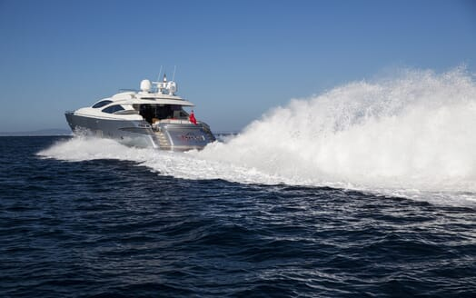 Motor Yacht Tiger Lily cruising