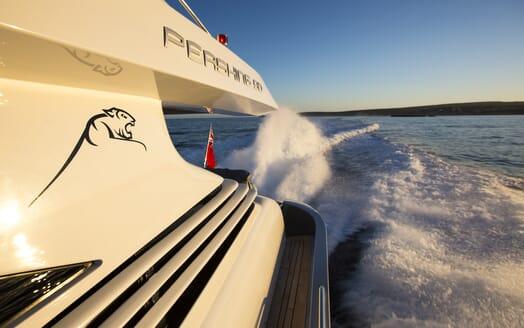 Motor Yacht Tiger Lily running
