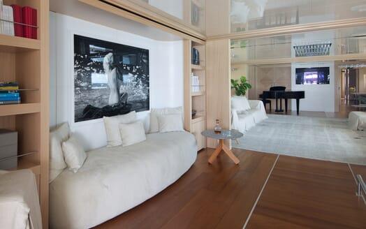 Motor Yacht Vicky Main Saloon Sofa