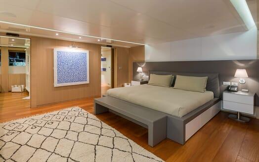 Motor Yacht Vicky Master Stateroom 2