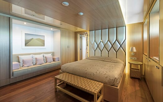 Motor Yacht Vicky Guest Stateroom
