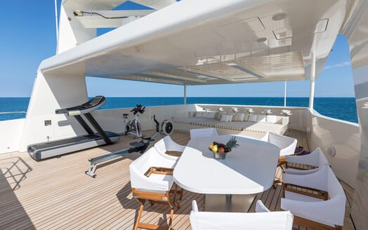 Motor Yacht Vicky Sun Deck