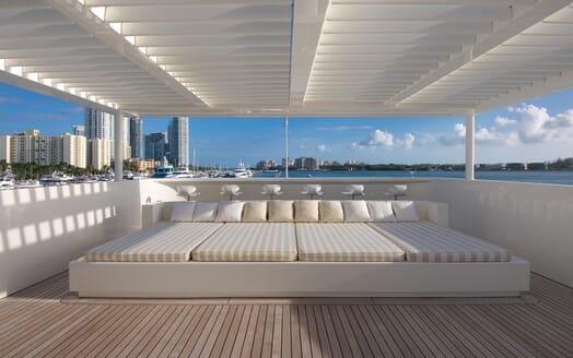 Motor Yacht Vicky Sun Loungers