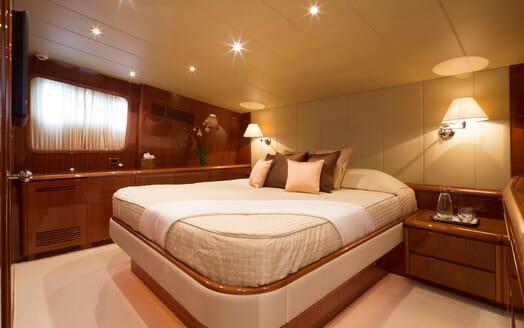 Motor Yacht Ylang Ylang VIP cabin