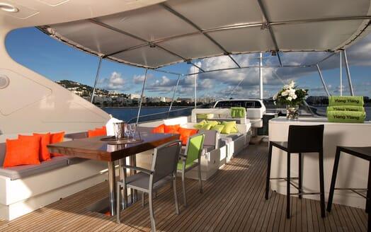 Motor Yacht Ylang Ylang sun deck