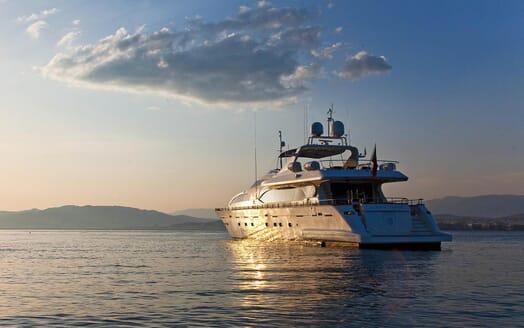 Motor Yacht Ylang Ylang anchored