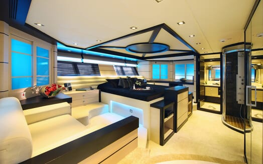 Sailing Yacht Perla Del Mare master stateroom