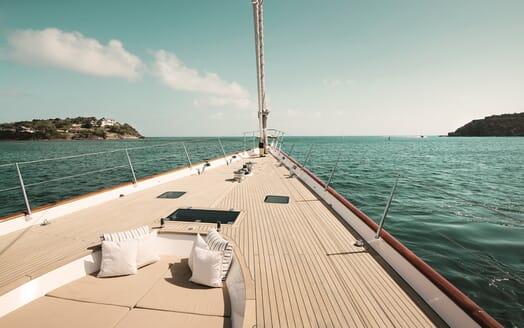Sailing Yacht Inmocean bow