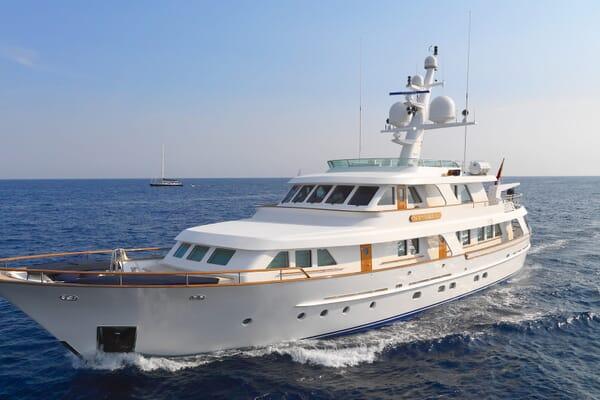 Motor Yacht Spada running shot
