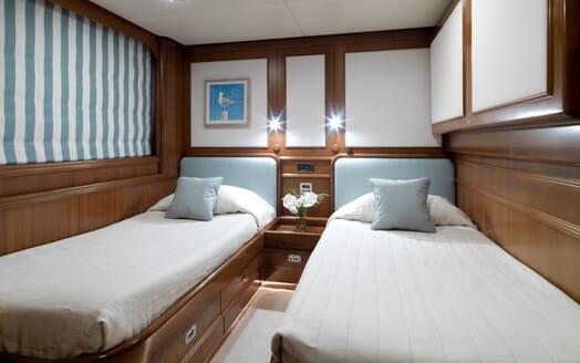 Motor Yacht Spada twin stateroom
