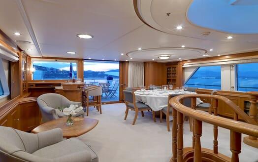 Motor Yacht Spada living area