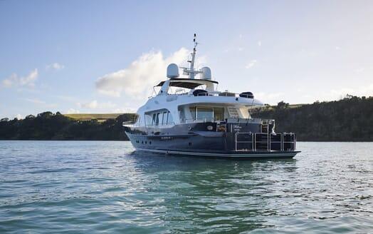 Motor Yacht WILLOW Aft Exterior