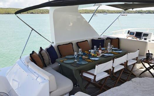 Motor Yacht WILLOW Sun Deck Al Fresco Dining