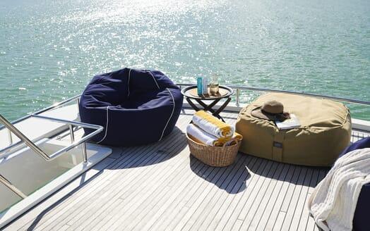 Motor Yacht WILLOW Sun Deck Detail