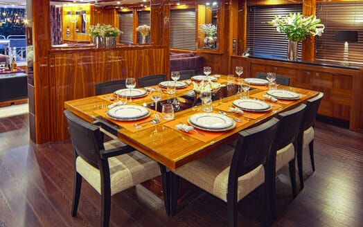 Motor Yacht Cassiopeia Dining Table