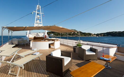 Motor Yacht SHAHA Sun Deck Seating