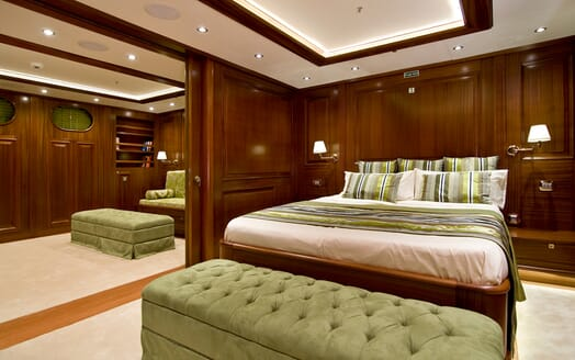 Sailing Yacht Clear Eyes VIP stateroom