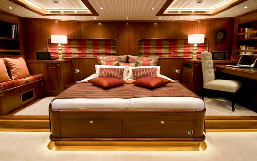 Sailing Yacht Clear Eyes master cabin