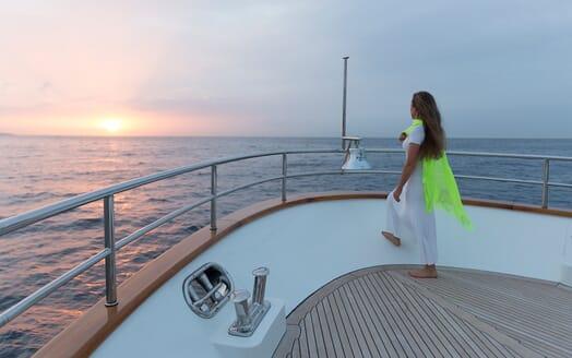 Motor Yacht Salu bow