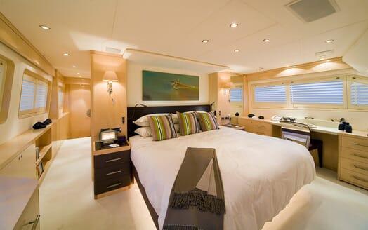 Motor Yacht Salu VIP cabin