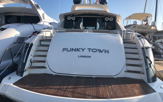 Motor Yacht FUNKY TOWN Aft Deck Swim Platform