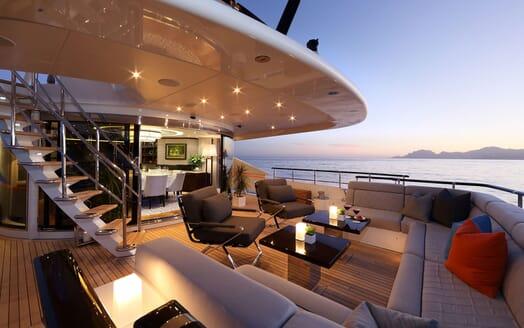 Motor Yacht AURELIA Aft Deck Seating