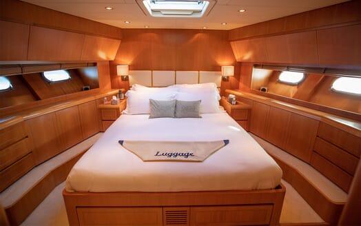 Motor Yacht ELLERY Master Stateroom
