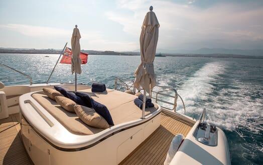 Motor Yacht ELLERY Aft Deck Sun Pad