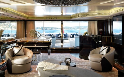 Motor Yacht SEALYON Main Saloon to Aft Deck