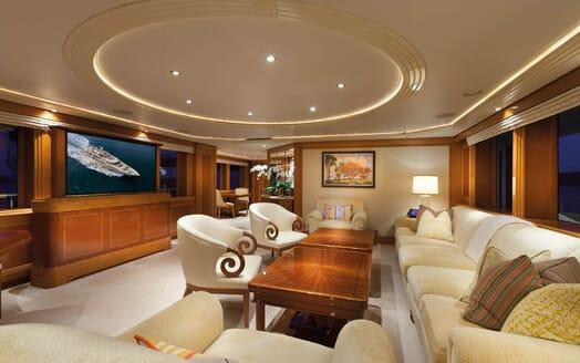 Motor Yacht Gigi salon