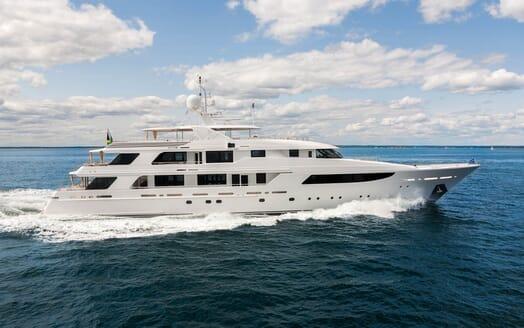 Motor Yacht Gigi exterior