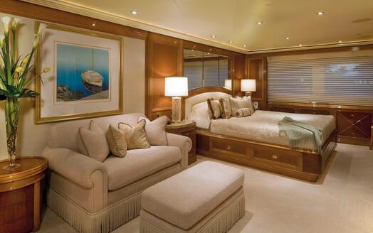 Motor Yacht Gigi master cabin
