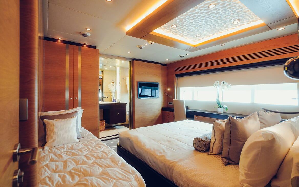 Motor Yacht Tatiana guest cabin