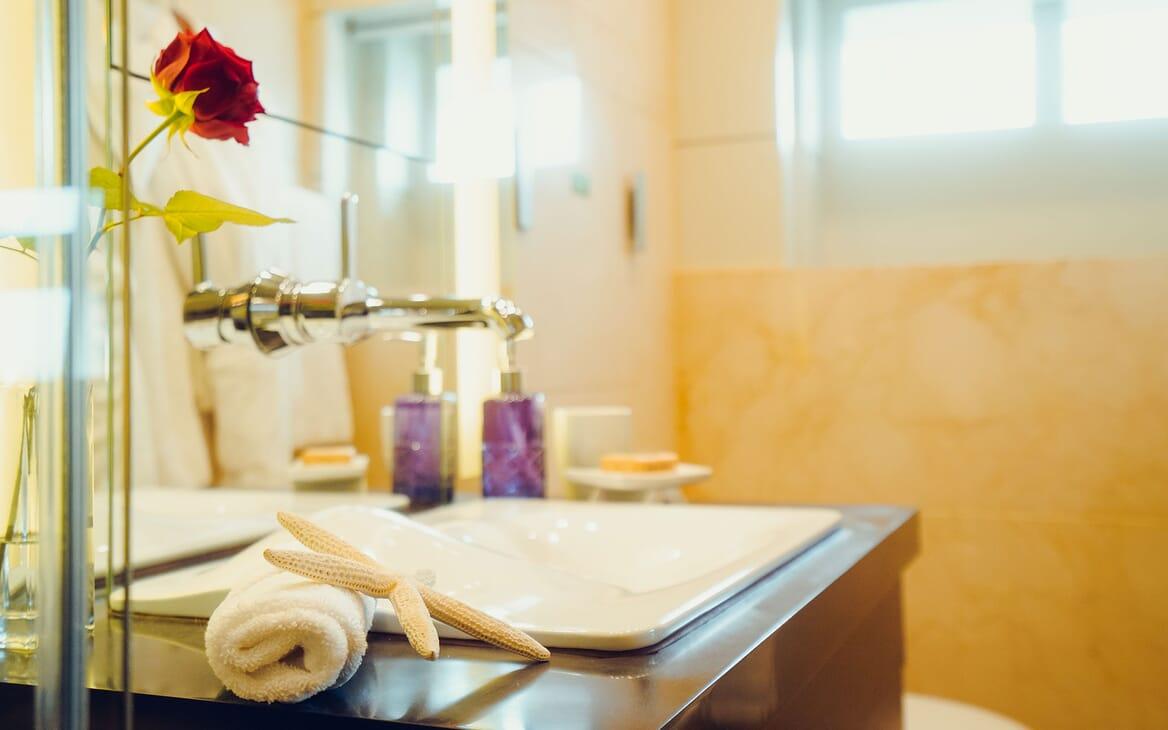Motor Yacht Tatiana engine room