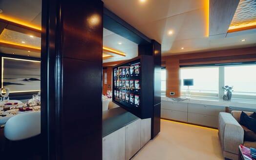 Motor Yacht Tatiana exterior