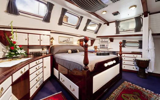 Sailing Yacht TIGERLILY OF CORNWALL Master Stateroom