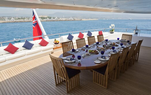 Motor Yacht Sarah outdoor dining area