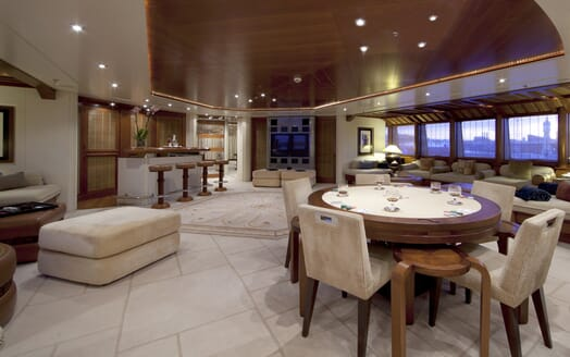 Motor Yacht Sarah interior