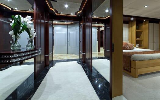 Motor Yacht Sarah interior design