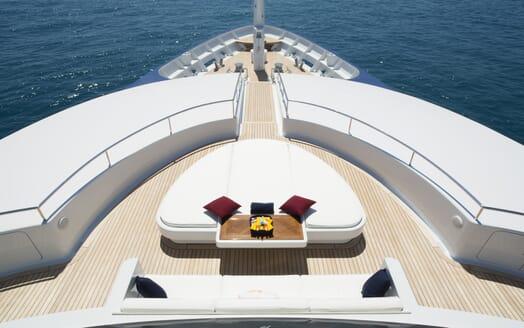 Motor Yacht Sarah foredeck