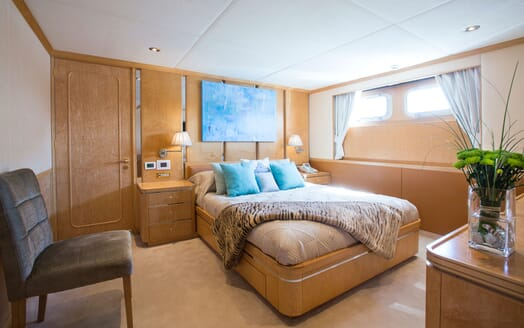 Motor Yacht MQ2 Double Guest Stateroom