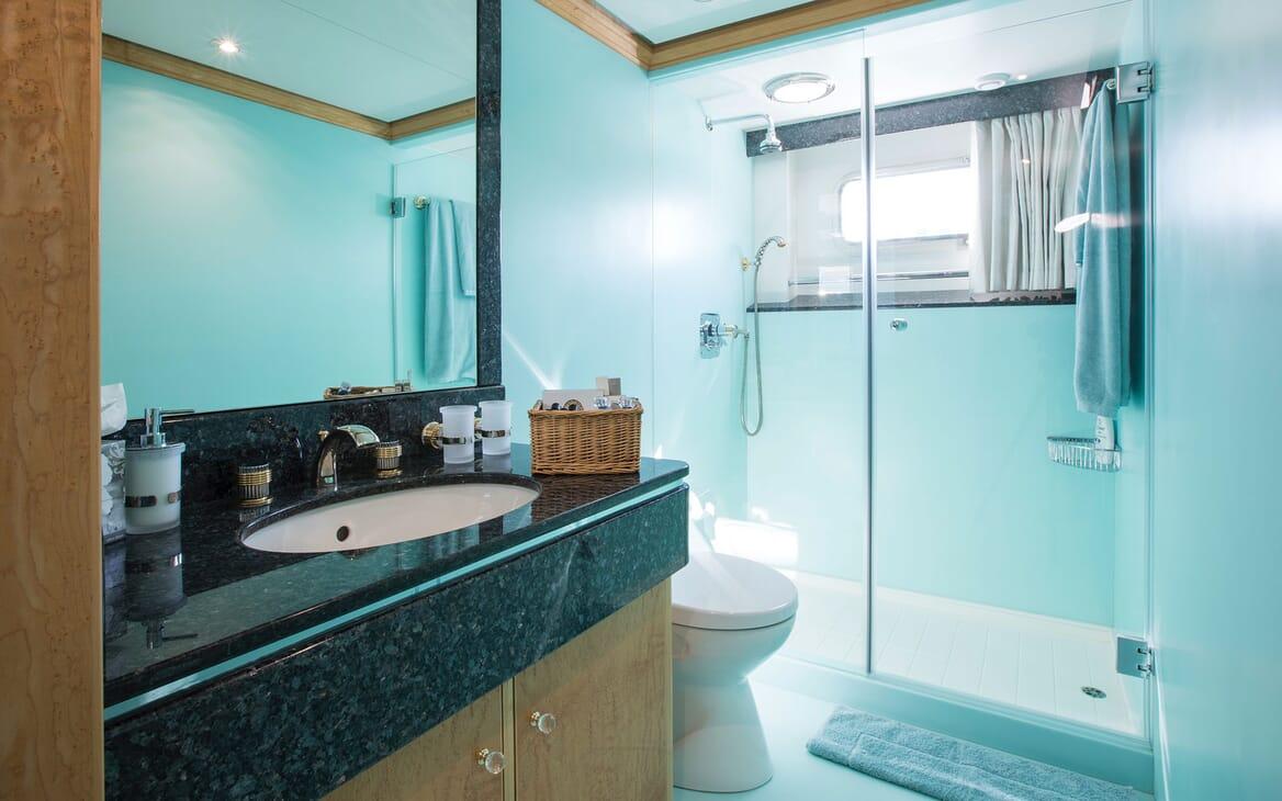 Motor Yacht MQ2 Bathroom for Guests